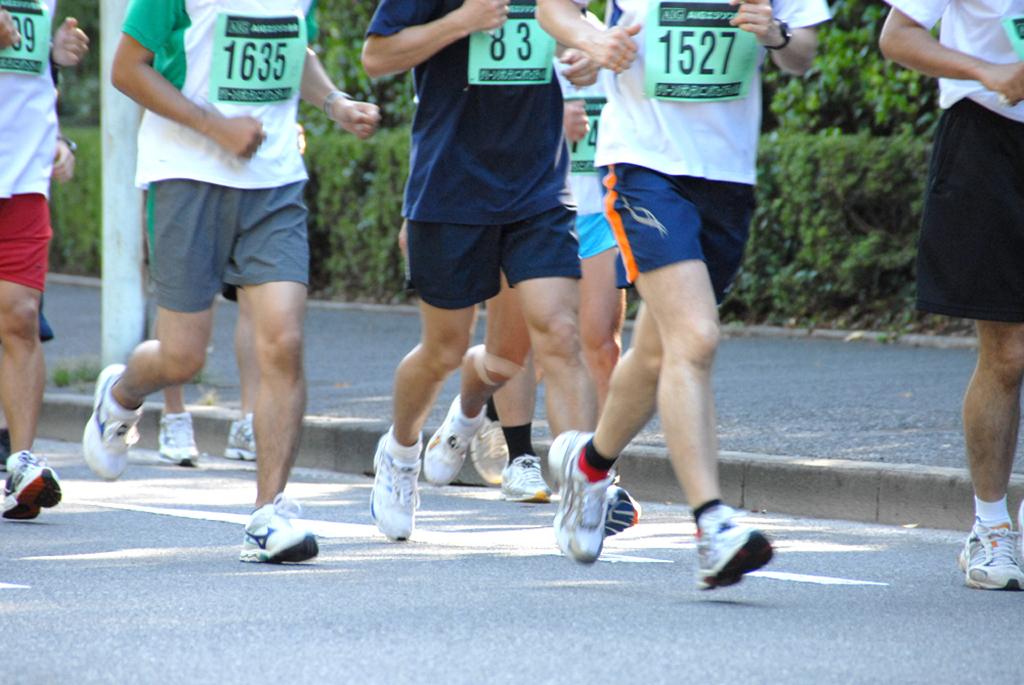 走る人イメージ